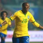Robinho jugará en China por un millón de euros al mes