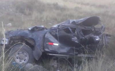 JUNÍN.- Cuatro personas perdieron la vida tras el vuelco y posterior caída de una camioneta a un abismo de 200 metros en la carretera que conecta el valle del Canipaco con la ciudad de Huancayo.