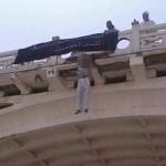 Al Qaeda: cuelgan de puente a sauditas por muerte de líder