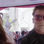 EEUU: Schwarzenegger desfiló como cyborg en campaña de escolarización (VIDEO)