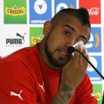 Arturo Vidal llora y pide disculpas a Chile por accidente