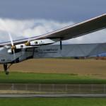 Japón: Aplazan despegue del avión Solar Impulse II rumbo a Hawai