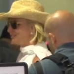 Britney Spears no pasa por detector de metales en aeropuerto