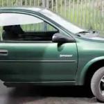 Alemania: corta auto para dividir bienes con expareja (VIDEO)