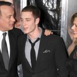 Hijo de Tom Hanks es buscado por destrozos en hotel