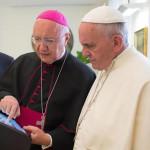 """Curia católica admite """"malestares"""" por reformas del Papa Francisco"""