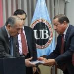 ASEDIP otorga reconocimiento a presidente de ANP Roberto Mejía Alarcón