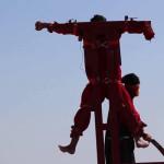 Estado Islámico: difunden crucifixión y más decapitaciones