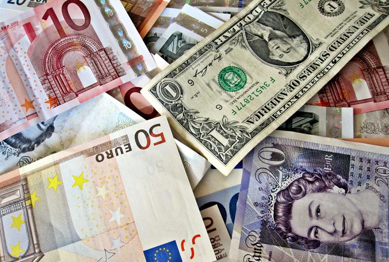 El Dólar Retrocede Ante Euro Y Yen Pero Mixto Otras Divisas