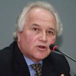 Eligen a exministro Eguiguren como nuevo miembro de la CIDH