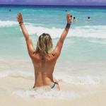 Leslie Shaw alborota República Dominicana con topless