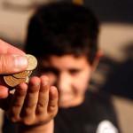 Berlín prohíbe mendicidad infantil y multará con 500 euros
