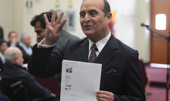 La siguiente semana se definiría en última instancia la repatriación de los 13 millones de dólares que tenía Vladimiro Montesinos en dos cuentas bancarias en Suiza, informó hoy el procurador anticorrupción, Joel Segura Alania.