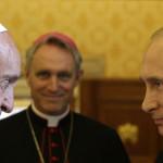 """Papa insta a Putin a """"un gran esfuerzo"""" por la paz en Ucrania"""