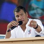 Ecuador: Correa acomete contra militares que desconocen su autoridad