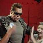 YouTube: Schwarzenegger se hace pasar por estatua de Terminator