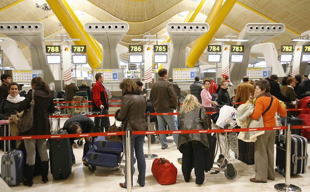 Una eliminación provisional de la visa Schengen para los peruanos decidiría la Unión Europea, informó la embajadora de esta comunidad política en el Perú, Irene Horejs.