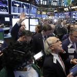 Wall Street cierra con pérdidas y el Dow Jones cae 1.56%