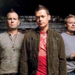 3 Doors Down interrumpe concierto y echan a agresor de mujer