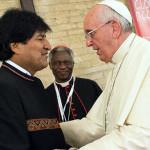 Ni el Papa Francisco se salva de la guerra mediática
