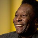 Pelé fue operado de la columna vertebral en Sao Paulo
