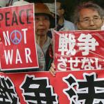 China insta a Japón no abandonar su política pacifista