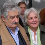 Esposa de Mujica declara como testigo en desaparición de tupamaro