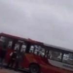 Surco: 17 heridos deja choque entre combi y bus