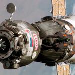 NASA: Una de las baterías solares del Soyuz no se abre