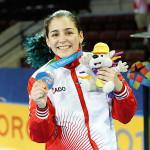 Karateca Alessandra Vindrola gana medalla de bronce en Toronto