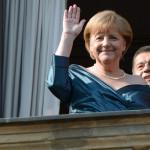Canciller Merkel sufre desvanecimiento en intervalo de ópera de Wagner
