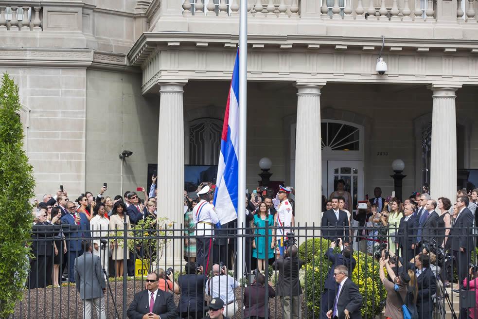 bandera cubana-emb