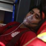 Incendio en Comas: bomberos asfixiados y 14 vehículos calcinados