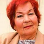 Cantante Carmencita Lara dada de alta tras neumonía