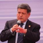 César Acuña anuncia candidatura a la presidencia en 2016