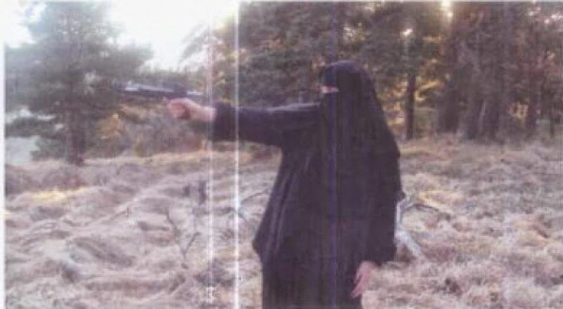 lady-yihad3