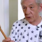 Magneto y su receta para los mejores huevos revueltos (VIDEO)