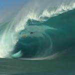 YouTube: surfista Niccolo Porcella salva de morir tras ola gigante