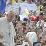 Paraguay: Papa visita imprevistamente hogar de enfermos terminales