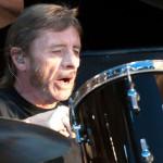 Ex AC/DC Phil Rudd tendrá 8 meses de arresto domiciliario