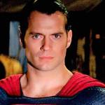 Superman tiene nueva imagen, pero está celoso de Batman