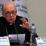 Cardenal Cipriani: tuiteros critican su presencia en evento del MINJUS