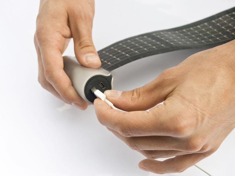 Cargador-solar-enrollable2