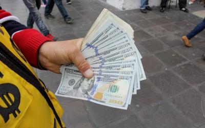 Dólares 1 (1100x733)