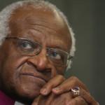 El premio Nobel Desmond Tutu hospitalizado de nuevo