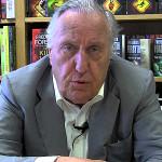 Frederick Forsyth confiesa haber sido espía del MI6