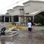 Argentina: tres muertos y miles de evacuados por temporal de lluvias