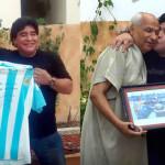"""Diego Armando Maradona visitó al árbitro que no vio la """"mano de Dios"""""""