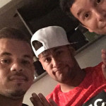 Neymar aparece en público enseñando las paperas que padece