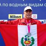 Peruano de 65 años gana medalla de plata en Mundial de Natación
